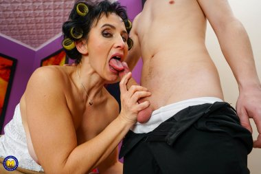 Naughty toyboy getting sex instructions from her stepmom